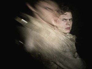 FX-AHS-Evan-Distortions_0212F_1