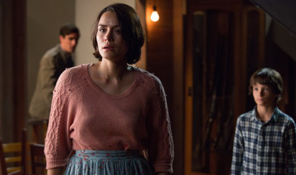 Interview-Shannyn-Sossamon-Talks-Sinister-2-Exclusive