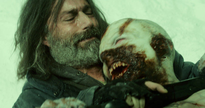 this-creepy-clip-from-zombie-horror-extinction-puts-us-on-the-fence-535481